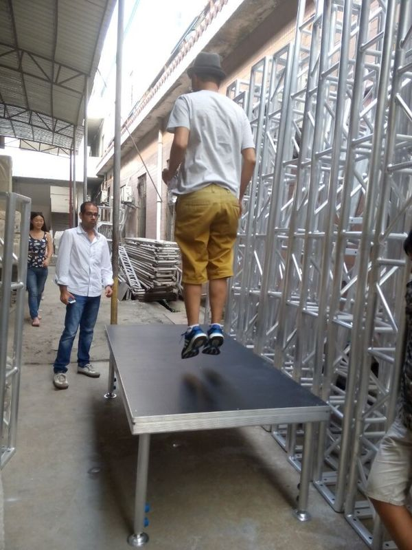 Simple  Anti-slip Waterproof Plywood Movable Stage Platform For Concert